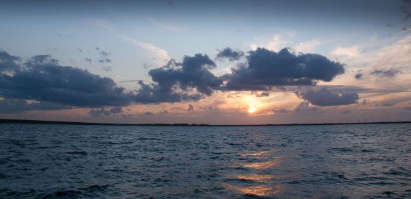 Sonnenuntergang am Volkerak.